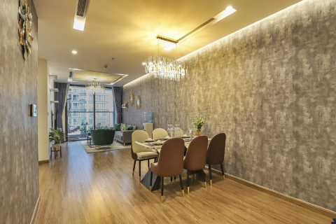 Modern 3 bedroom apartment for rent in Vinhome Metropolis Ba Dinh, Ha Noi