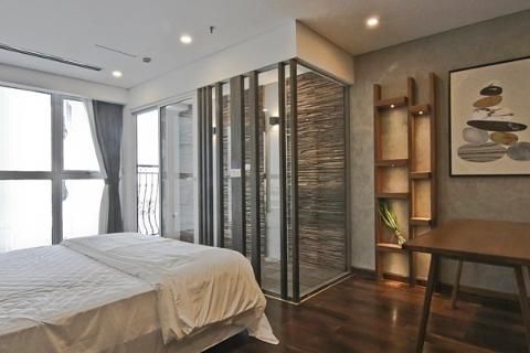 High Quality 02 Bedroom Apartment For Rent In Hanoi Aqua Central, 44 Yen Phu.