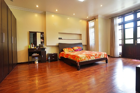 Villa leased C block Ciputra Fully furnished 4 bedroom  with lovely yard