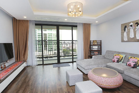 Modern 02 bedroom apartment in D'.Le Roi Soleil building, Xuan Dieu Str