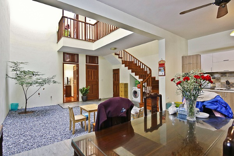 House Long Bien Hanoi rent 5 bedrooms near Lycée Francais Alexandre Yersin School
