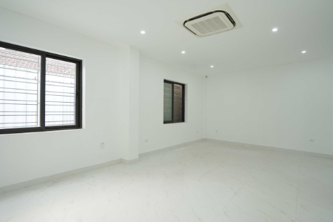 Nice Office Of Westlake Residence 3 For Rent In Tay Ho