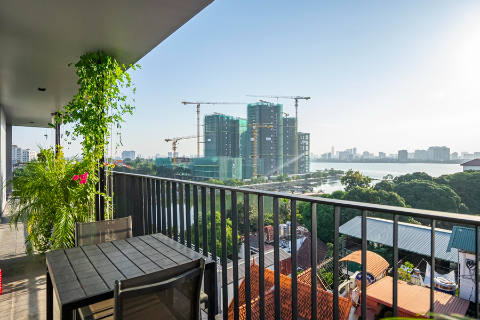 Lake view and modern 3 bedroom apartment for rent on To Ngoc Van street, Tay Ho