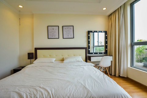 Beautiful 3 bedroom apartment with outdoor spaces for rent in Vinhomes Nguyen Chi Thanh, Hanoi