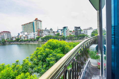 Lake view Apartment For Rent in Truc Bach with 2 Bedrooms, Ba Dinh.