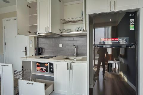 Wonderful 2 bedroom apartment for lease in Ba Dinh, Hanoi
