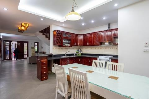 Garden house with 5 bedrooms for rent in Tay Ho, near Somerset West Point Hanoi