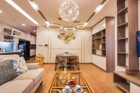 Vinhomes Metropolis 2 bedroom apartment with modern luxurious interior