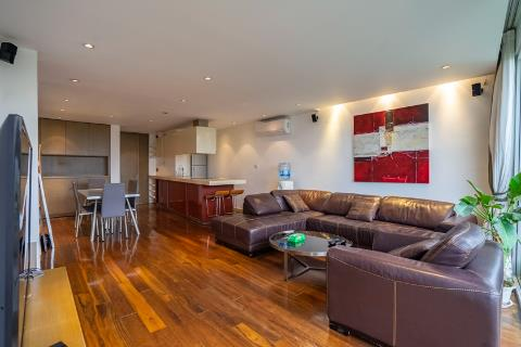 Modern and bright 1 bedroom apartment for rent in Tay Ho, green view