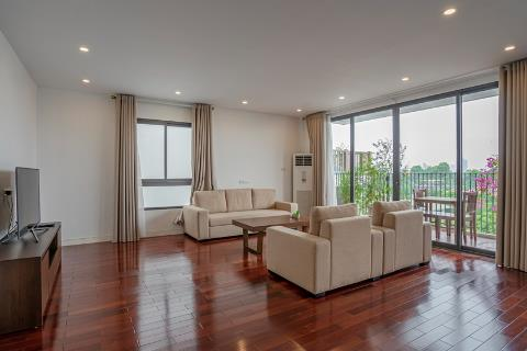 Spacious, bright and airy 3 bedroom apartment for rent in Xom Chua, near the lake