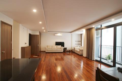 Duplex 3 bedroom apartment with modern furniture for rent on Dang Thai Mai, near the lake