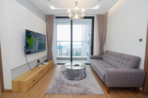 Elegant 2 bedroom apartment with open views for rent in Vinhomes Metropolis, Lieu Giai
