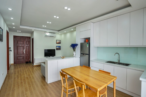 High floor 2 bedroom apartment for rent in Cau Giay, Hanoi