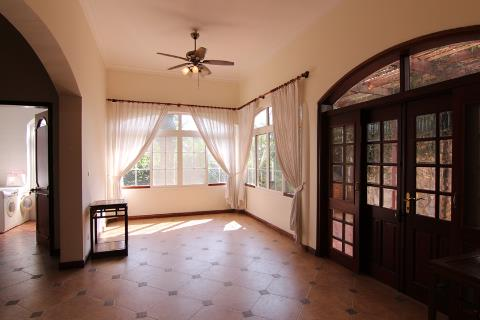 4 bedroom house for rent with nice garden in Tay Ho